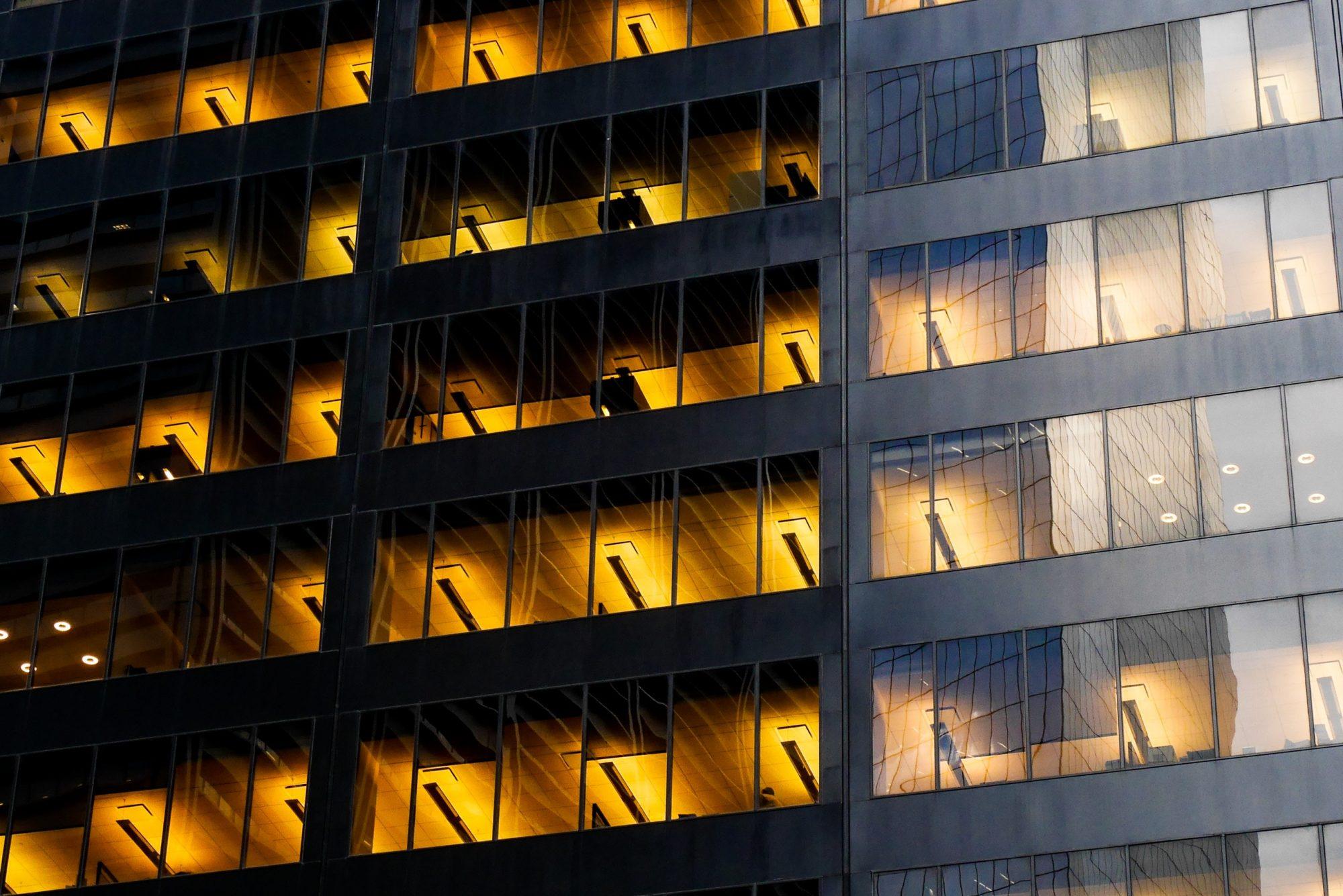 Como reduzir o consumo de eletricidade nas empresas